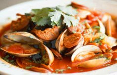 Portuguese Clams with Chouriço Recipe