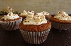 Portuguese Portuguese Chocolate Cupcakes with Cream Recipe Recipe