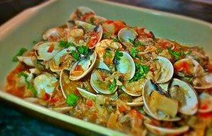 Portuguese Clams with Tomato and Shrimp Recipe