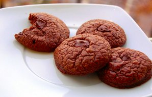 Portuguese Chocolate Cookies Recipe