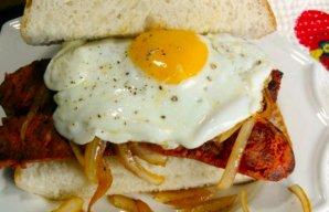 Portuguese Chouriço (Sausage) Sandwich Recipe