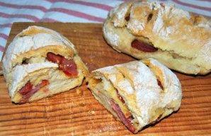Portuguese Chouriço Sausage Buns Recipe