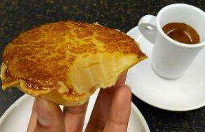 Portuguese Quick Yogurt Tarts Recipe