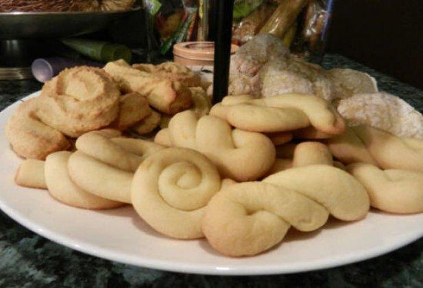Portuguese Dry Rings (Rosquilbas Secas) Recipe - Portuguese Recipes