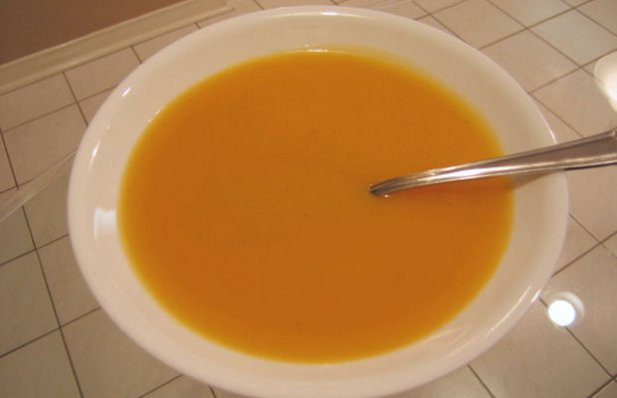 How to make Portuguese squash soup.
