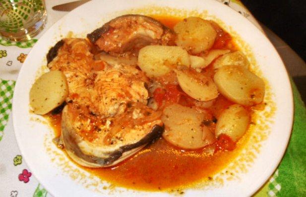 Portuguese Conger Stew Recipe - Portuguese Recipes