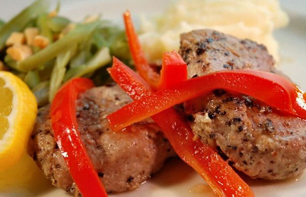 How to make Portuguese pork with red peppers.