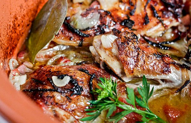 Portuguese Chicken with Wine Sauce Recipe