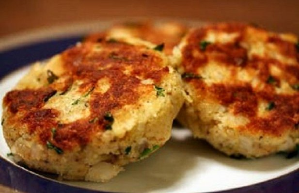 Portuguese Fried Cod Cakes Recipe - Portuguese Recipes