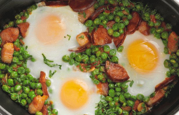 A very popular Portuguese dish, green peas and chouriço combines the wonderful flavors of Chouriço with some tasty vegetables and eggs in a simple and easy way.