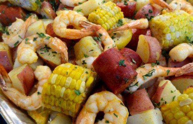 Portuguese Sheet Pan Shrimp Boil Recipe - Portuguese Recipes