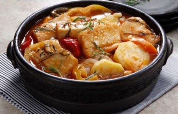 Portuguese cod stew recipe for Fish stew recipe cod