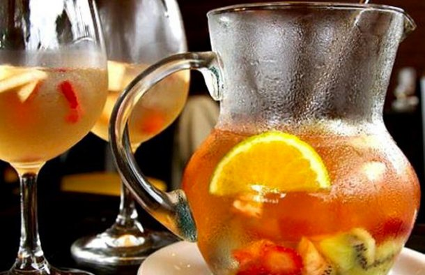 This Portuguese white wine sangria drink is not only delicious, but it is also very refreshing on a warm day.