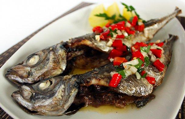 Portuguese Horse Mackerel with Roasted Pimento Sauce Recipe - Portuguese Recipes