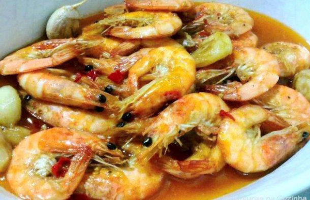 Portuguese Fried Shrimp Recipe - Portuguese Recipes