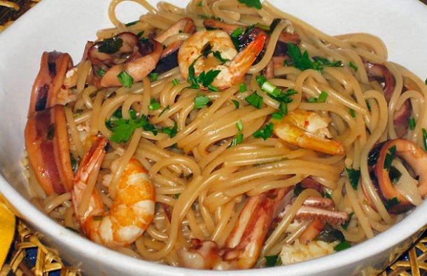 Portuguese Style Seafood Spaghetti Recipe