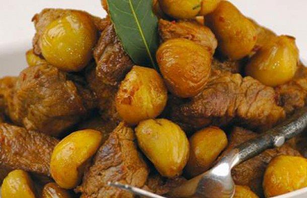 Portuguese Pork with Chestnuts Recipe - Portuguese Recipes