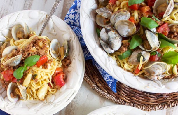 Portuguese Style Pasta with Clams and Chouriço Recipe