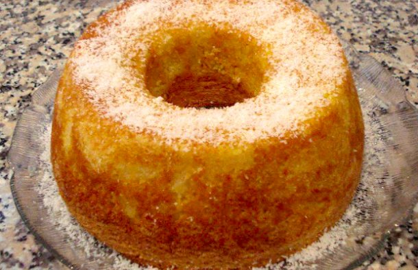 Portuguese Coconut & Pineapple Cake Recipe