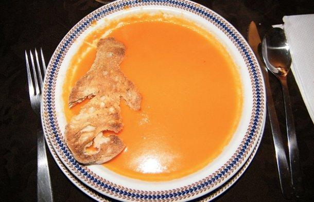 Portuguese Bread and Tomato Soup Recipe - Portuguese Recipes