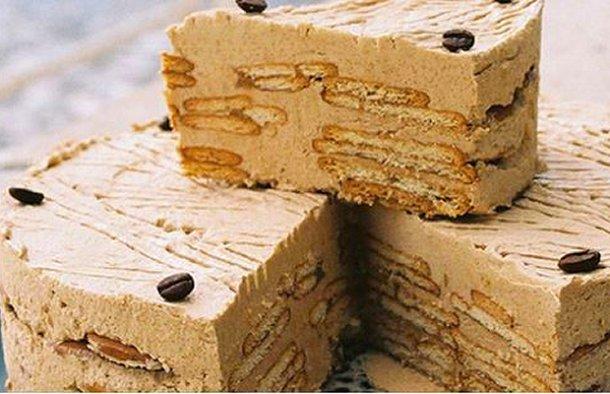 Portuguese Maria Biscuits with Coffee Cake Recipe - Portuguese Recipes