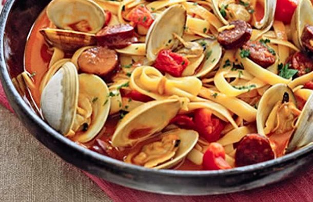 Portuguese Style Pasta with Clams & Chouriço Recipe
