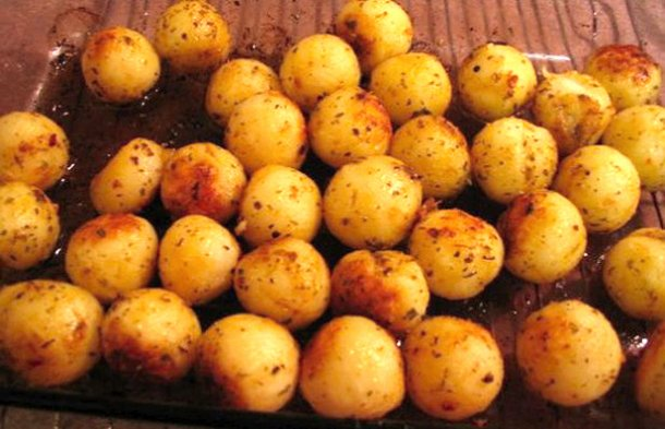 Portuguese Style Parisienne Potatoes Recipe