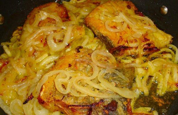 Portuguese Onion Cod Recipe - Portuguese Recipes