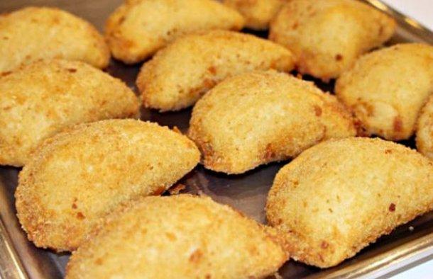 Portuguese Cheese & Ham Patties Recipe