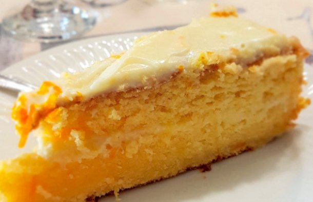 This melt in your mouth Portuguese orange and butter cake (bolo de laranja & manteiga) will be a hit with friends and family.