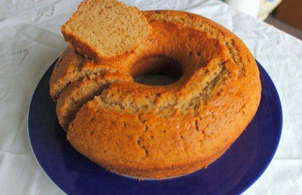 Portuguese Soft Cinnamon Cake Recipe