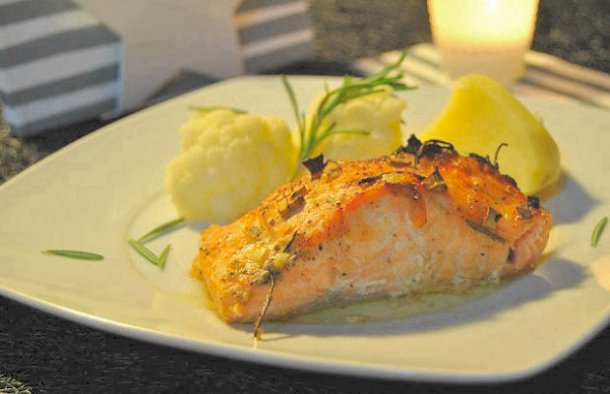 Portuguese Baked Salmon with Mustard Recipe