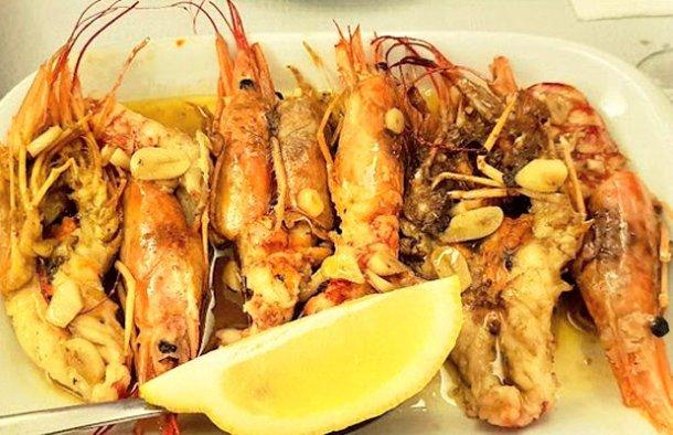 Portuguese Shrimp with Garlic & Whisky Recipe - Portuguese Recipes
