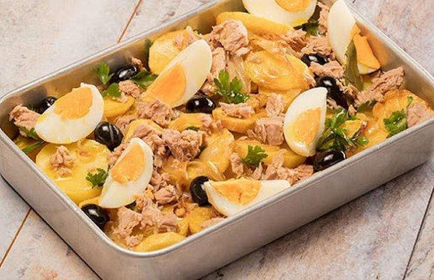 Portuguese Atum (Tuna) à Gomes de Sá Recipe