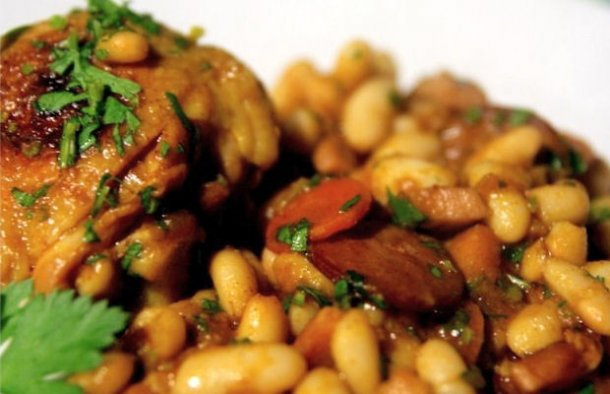 Portuguese Beans with Chicken & Chouriço Recipe - Portuguese Recipes