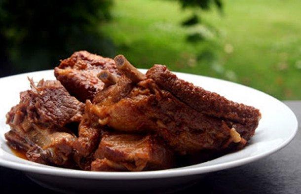 Azores Marinated Pork (Torresmos) Recipe