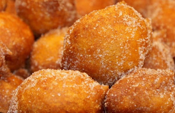 Tia Josie's Portuguese Filhoses de Abóbora Recipe