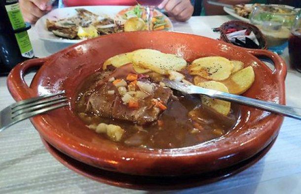 Portuguese House Steak Sauce Recipe - Portuguese Recipes