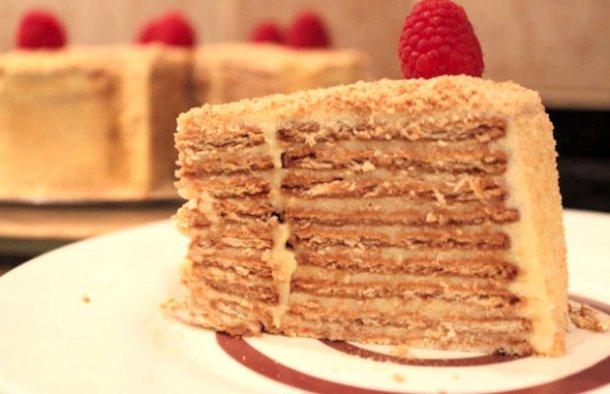 Portuguese Old Fashioned Maria Biscuits Cake Recipe - Portuguese Recipes