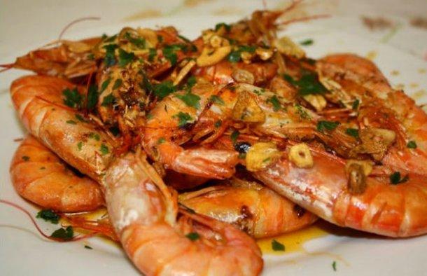Portuguese Garlic & Beer Shrimp Recipe - Portuguese Recipes