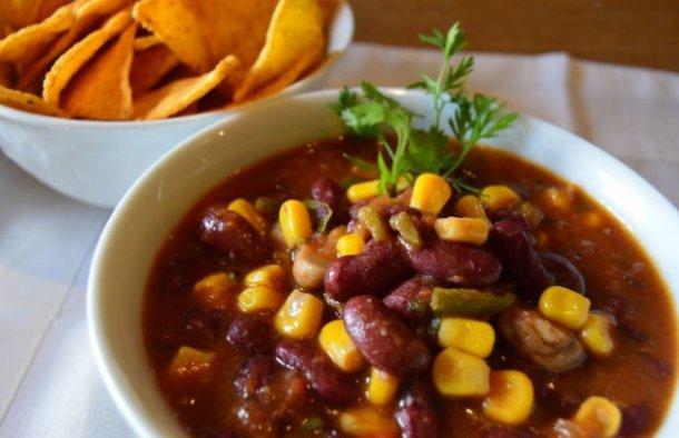 Portuguese Vegetarian Chili Recipe - Portuguese Recipes